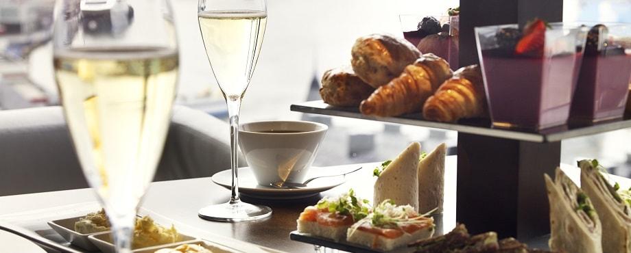 Afternoon tea för två med champagne Image