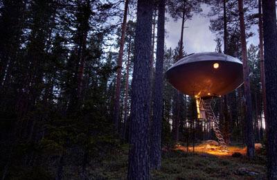 The UFO - Treehotel för Två Image