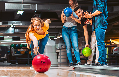 Spela bowling Image